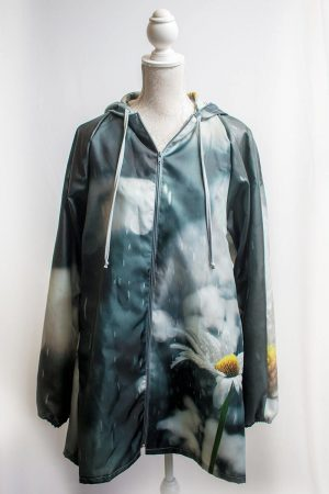 Authentic daisy raincoat